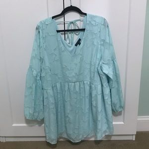 Lane Bryant 22/24 mint flowy blouse